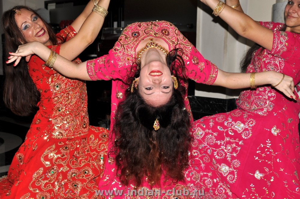 Индийскую музыку для танца