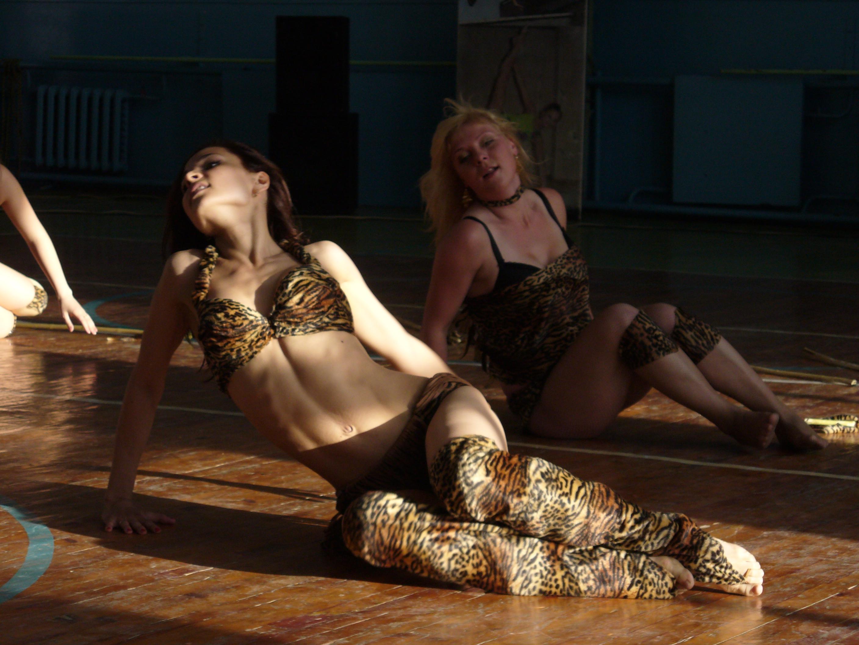 Спортивно эротические танцы 4 фотография