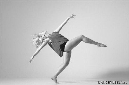 http://dancerussia.ru/public/files/Publikacii/Dzhaz_urok/wetkyxcbhly.jpg
